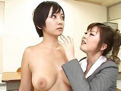 Японская училка наказывает нерадивую студентку