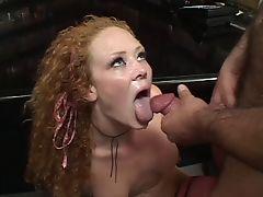 Рыжая Audrey Hollander трахается и глотает сперму
