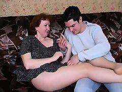 Старая русская мама совратила сына